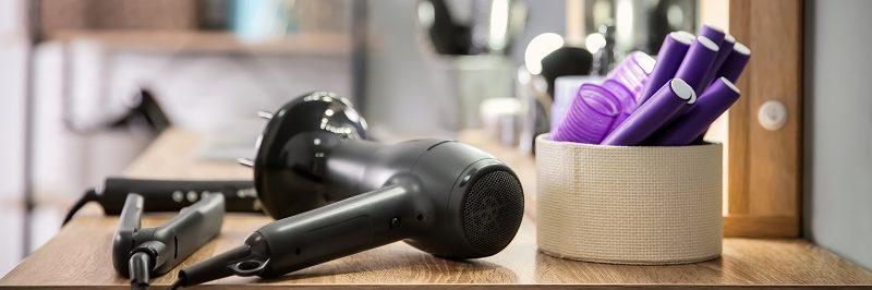ドライヤーとアイロンを上手に使ってくせ毛の悩みを解消する方法【前髪と髪全体】