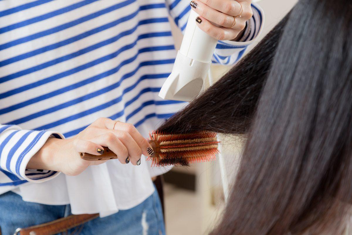 髪の癖と絡みをほぐす「Rebirth Cut」3つの特徴